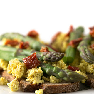 Tofu Scramble Toasts