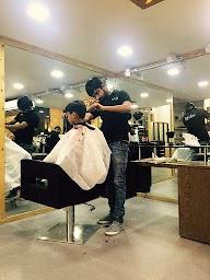Layers Salon photo 1