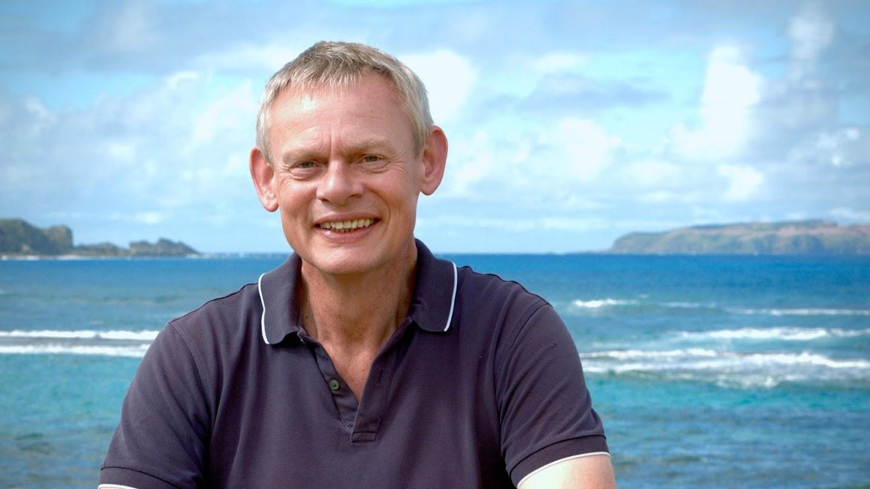 Watch Martin Clunes Islands of Australia live