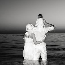 Wedding photographer Amanbay Zhalgasov (Amanbay). Photo of 03.12.2014
