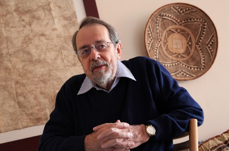 Author, anti-apartheid activist and renown journalist, Hugh Lewin, photographed in his home in Killarney, Johannesburg. (April 20 2011).