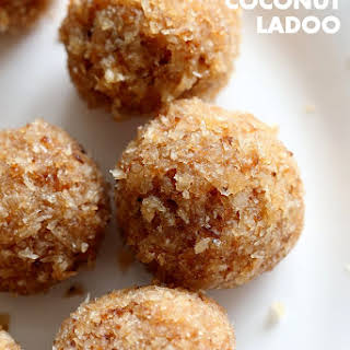 Toasted Coconut Balls - Toasted Coconut Ladoo.