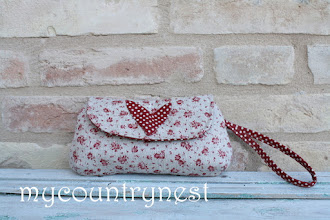 Photo: Curvy clutch di Michelle patterns ( ex keyka lou)