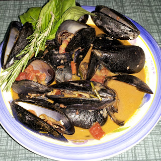 Mussels in Red Wine-Green Chile Cream Sauce.