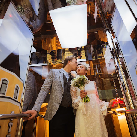 Wedding photographer Aleksandr Medvedev (medveds). Photo of 09.10.2014