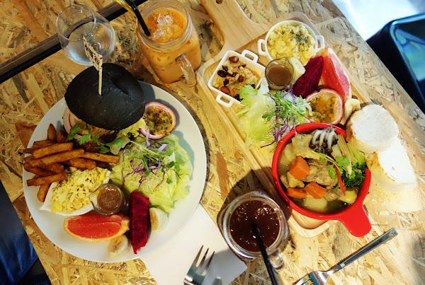 小曼谷泰式手作料理 又一間隱密巷弄內的東區早午餐 口味較清淡的泰式風味!!