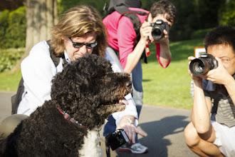 Photo: Bo with the paparazzi