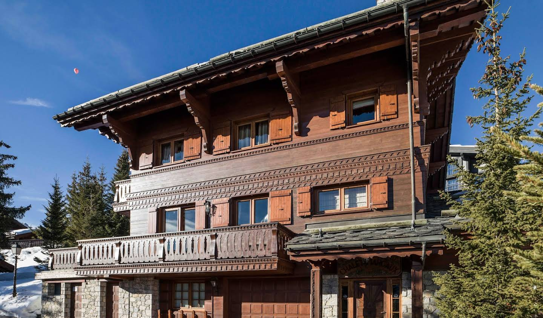 Chalet avec vue panoramique et terrasse Courchevel