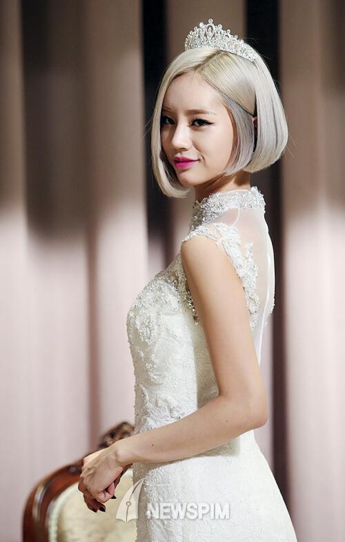 hyeri gown 2