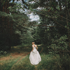 Wedding photographer Slava Zhuravlevich (lessismore). Photo of 19.08.2016