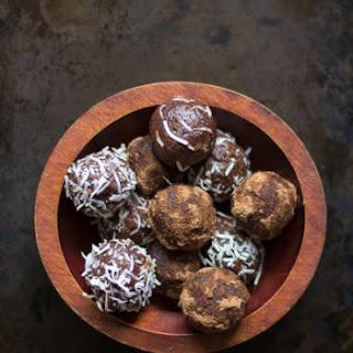 Raw Cacao Vanilla Energy Bites