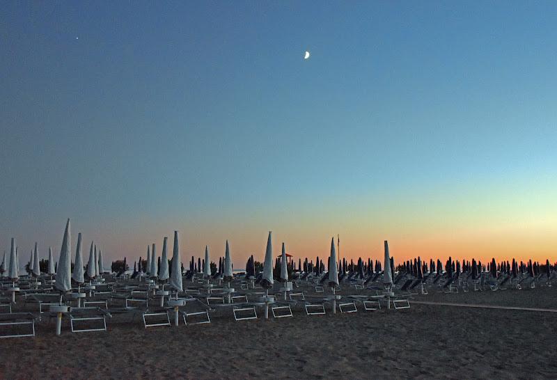 L'ultima sera sulla spiaggia di PINEI