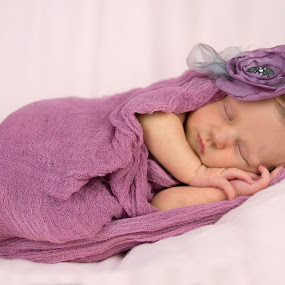 Dreaming in shades of pink by Sandra Veech - Babies & Children Babies