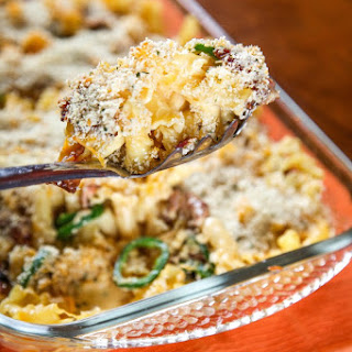 Bacon Jalapeno Popper Mac and Cheese