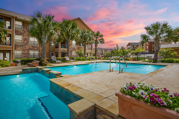 Go to Mansions at Sunset Ridge Apartments website
