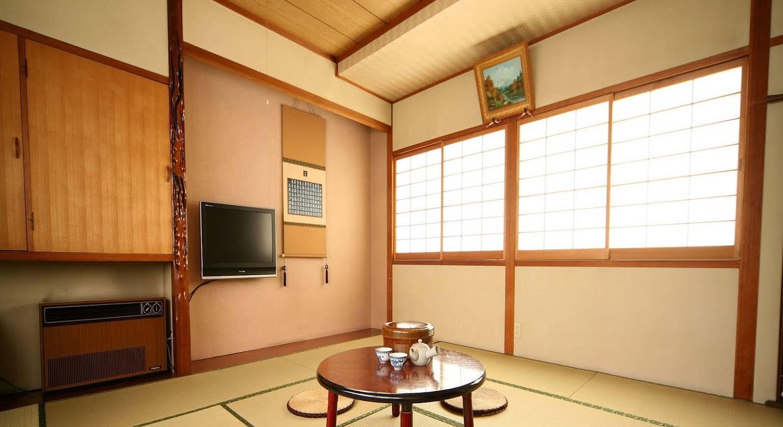 Minshuku Kuwataniya