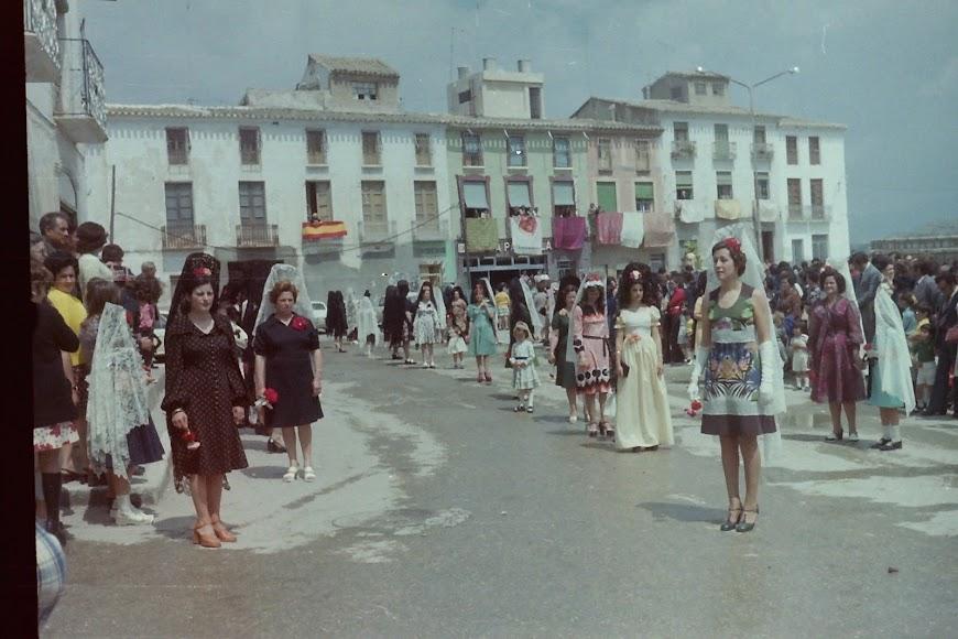 Bajada de la Virgen del Saliente a Albox décadas atrás.  Fuente: Archivo Fotográfico Romero.