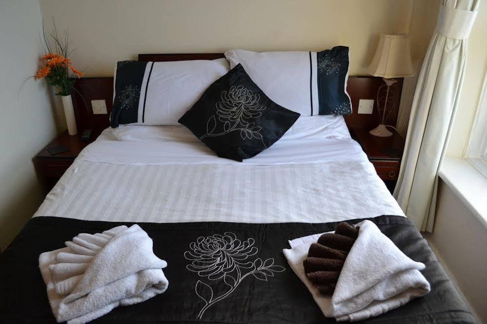 Rockcliffe Hotel