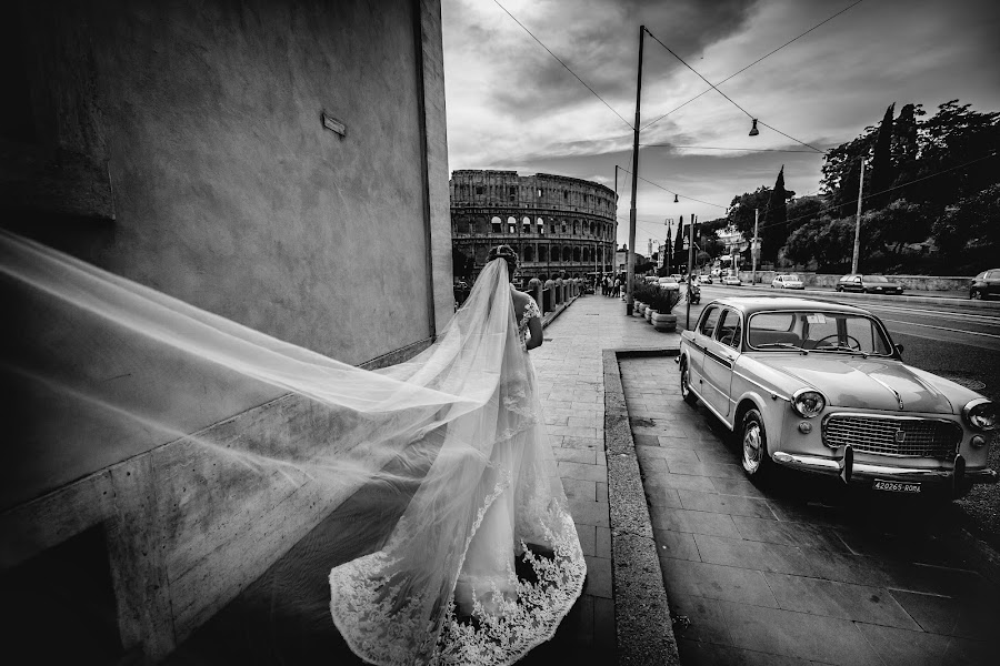 Wedding photographer Cristiano Ostinelli (ostinelli). Photo of 24.08.2016