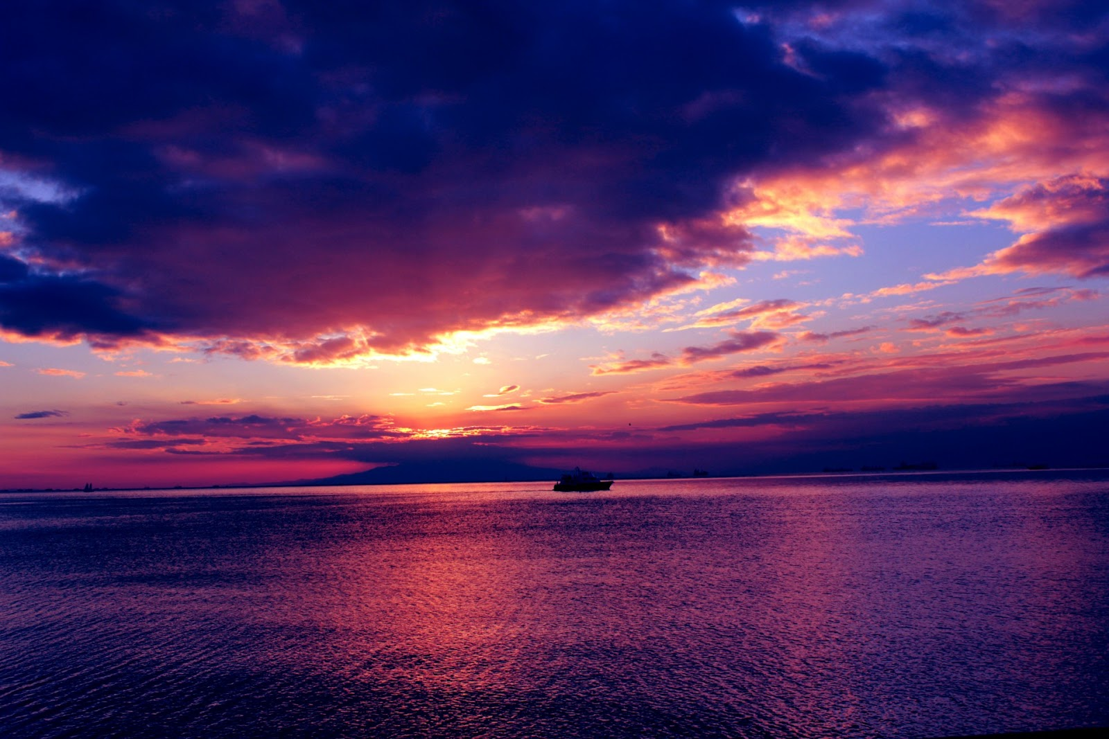sunset-background-1371188975Z2h.jpg