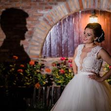 Wedding photographer Dani Wolf (daniwolf). Photo of 19.04.2018