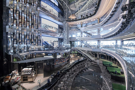 msc-seaview-atrium.jpg -  The atrium on MSC Seaview features giant screens displaying the surrounding seaport or seascapes.