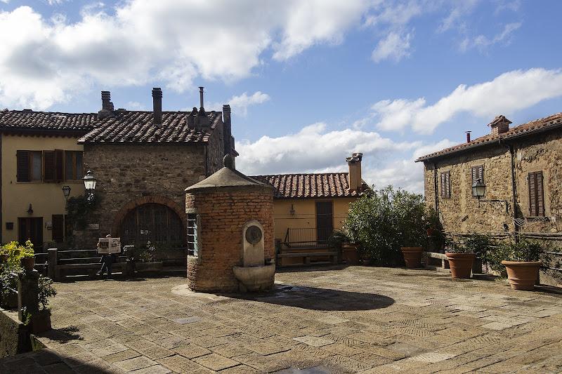 Piazza della Cisterna di NadiaBettini
