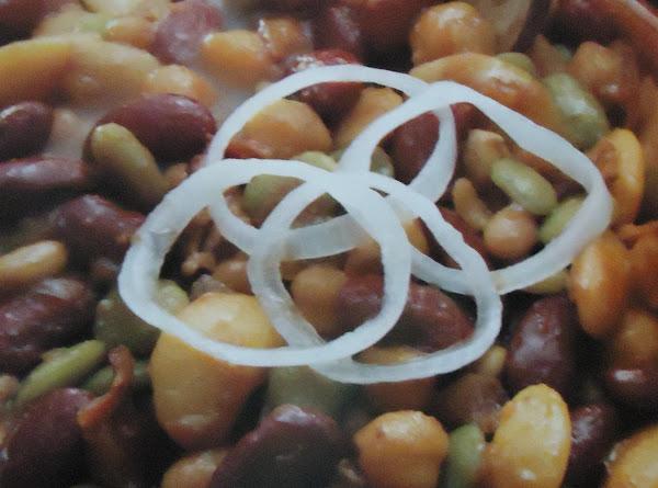 Norma's  Calico Baked Bean's Recipe