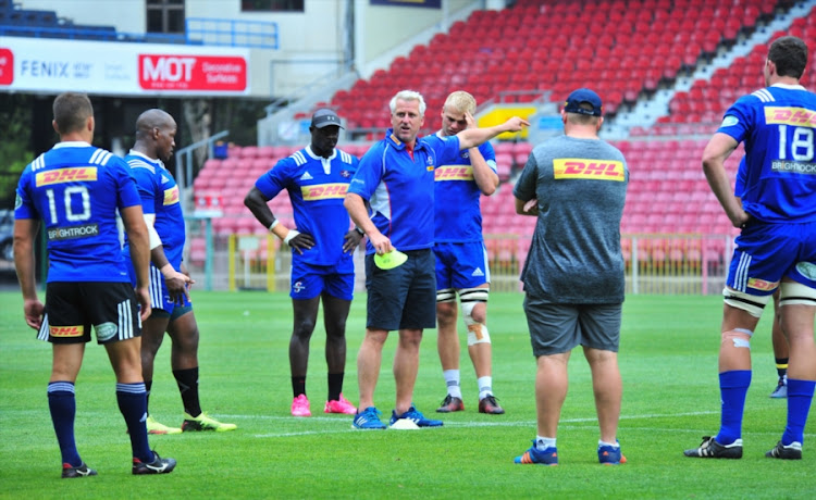Robbie Fleck (Head Coach) with players during the DHL Stormers training session at DHL Newlands on January 26, 2018 in Cape Town, South Africa.