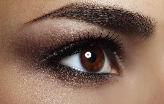 Eyebrow and eyelash growth serum in Manchester