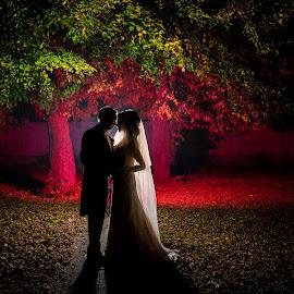 Fall in love by Klaudia Klu - Wedding Bride & Groom