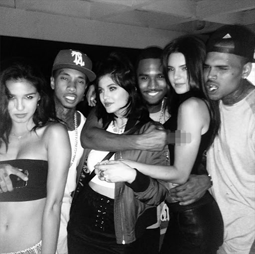 Is chris brown dating kendall