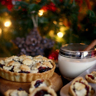 (Almost) Nigella's Cranberry Mince Pies