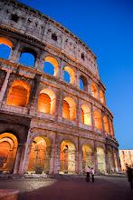 Photo: Colosseumia sinisenä hetkenä.