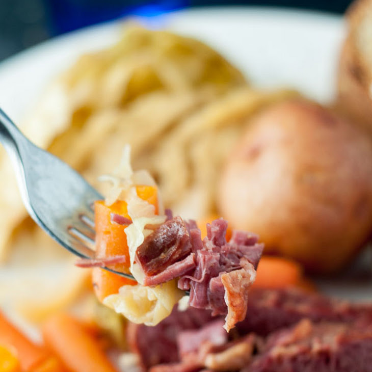 Slow Cooker Apple and Brown Sugar Corned Beef and Cabbage Recipe