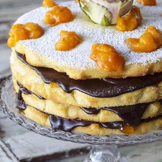 Vanilla Almond Sponge Cake with Apricots.