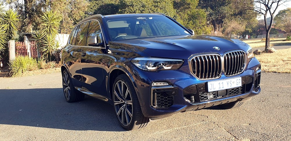 REVIEW   2020 BMW X5 M50i offers near 'M Competition ...