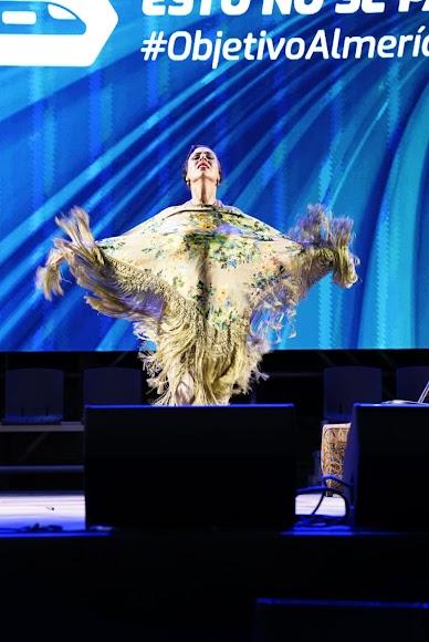 Anabel Veloso durante su actuación.