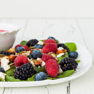 Jun 25 Spring Mix with Berries & Balsamic Vinaigrette