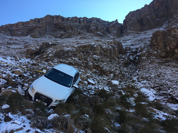 Snow Seekers Escape Unharmed After Car Slides Off Sani Pass