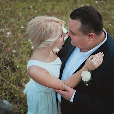 Wedding photographer Alisa Pirogova (alisinka). Photo of 12.09.2013