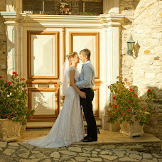 Wedding photographer Marina Pokachalova (Temari). Photo of 18.12.2013