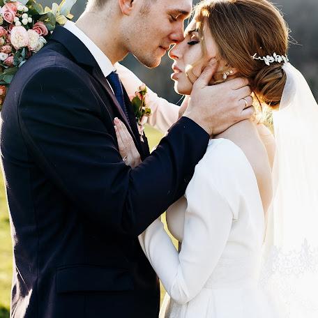 Wedding photographer Viktoriya Kompaniec (kompanyasha). Photo of 17.01.2018