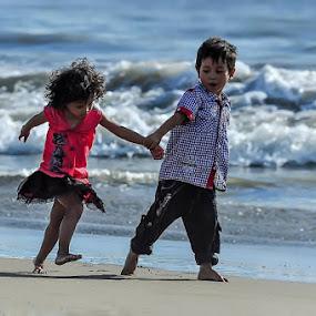 by Taufik T KamaMoto - Babies & Children Children Candids