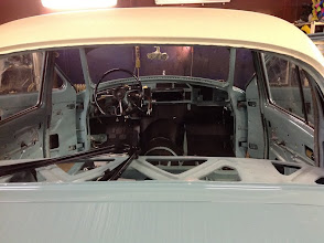 Photo: second paint color was applied to the roof and rear quarter panels