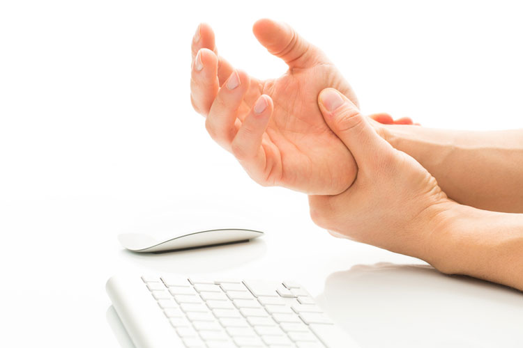 Carpal tunnel syndrome: How to get relief after the baby's born
