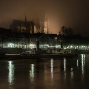 Topfog by Matthias Weigel - Buildings & Architecture Places of Worship ( regensburg, fog, stone bridge, night, world heritage, ratisbona, unesco, pwcskylines )