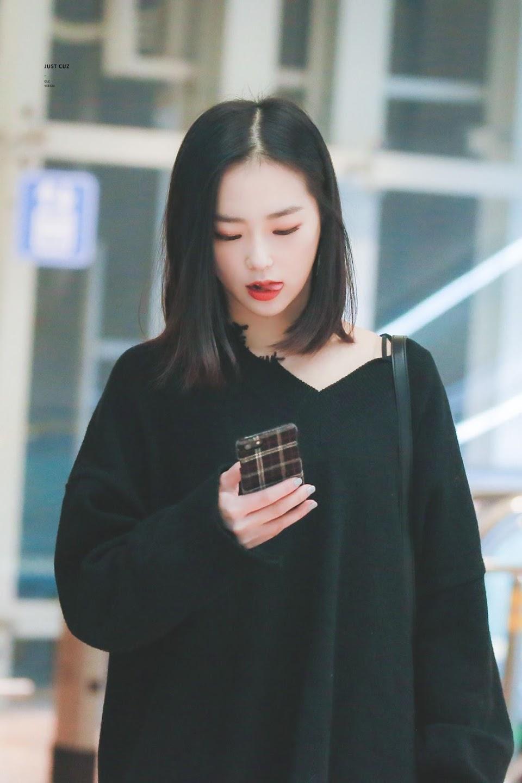 yeeun black 17