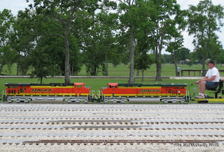 Photo: BNSF 7601 (slug) and BNSF 7687 (master) with Scott Weatherford, owner operator.  HALS-SLWS 2009-0522