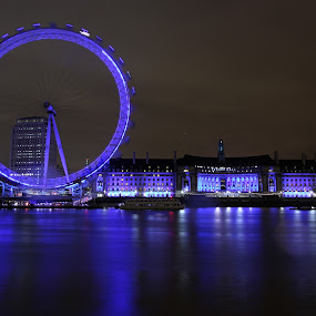 The London Eye by Joe . - Buildings & Architecture Architectural Detail ( night, lights )